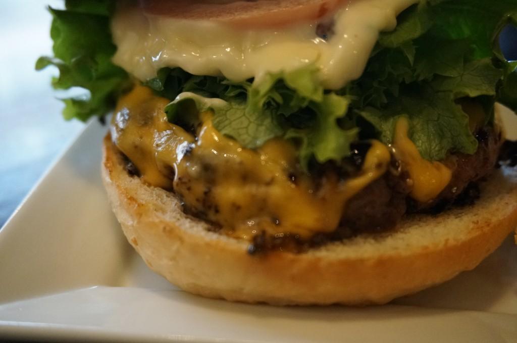 CBSのチーズバーガー